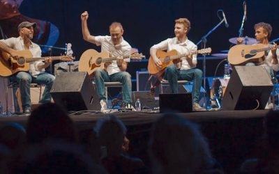 The Multi-talented 40 Fingers Guitar Quartet from Italy
